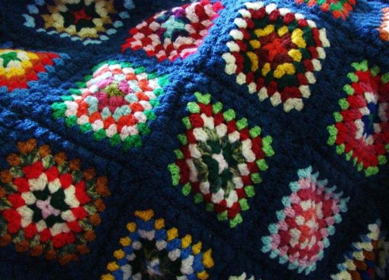 Do you try to combine knitting with other crafts such as crocheting?